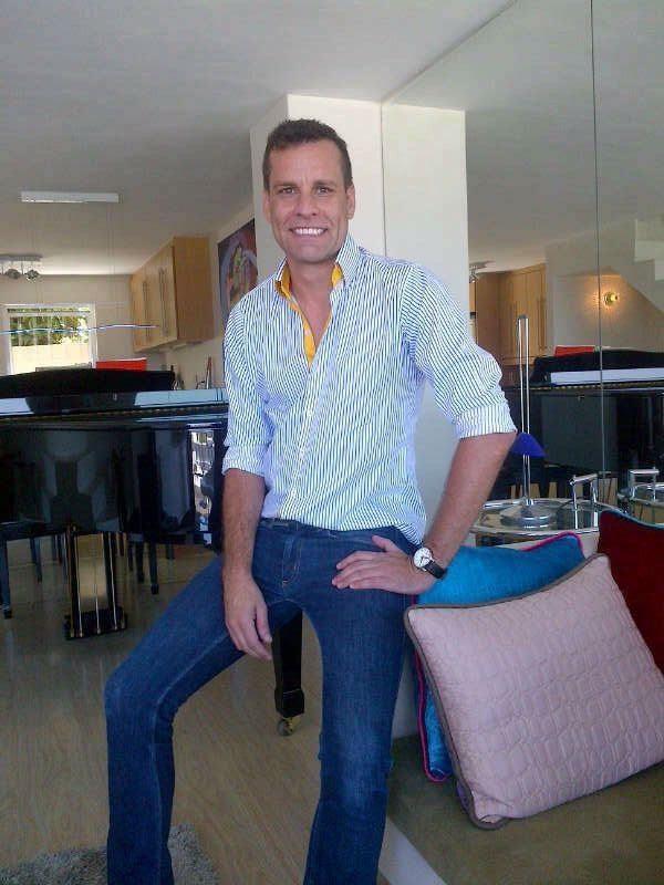 Dr Nico Botha Dental Studio